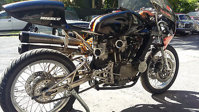 1993 Harley-Davidson XR750  Harley Davidson XR 750 Road Racer and XRTT Replica Chassis