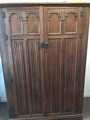 Antique Jacobean Style Linen Fold Oak Wardrobe