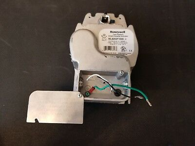 ML4202F1000 Honeywell Direct Coupled Actuator, Used Working perfect