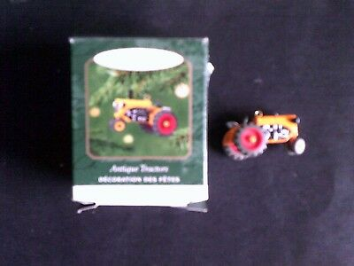 2001 Antique Tractor Keepsake Ornament Hallmark ( Antique Tractor Series #5 )