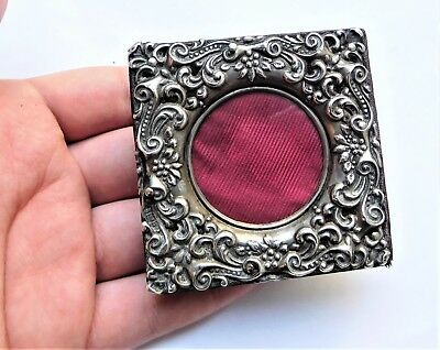 NO RESERV HM1901 Miniature Silver Photo Photograph Frame Vintage Antique Picture