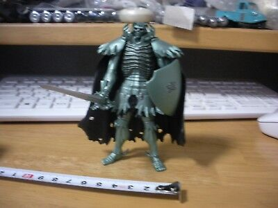 Berserk Skull Knight Green  Figure  used japan