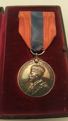 WW1 era King George V FOR FAITHFUL SERVICE medal with original box