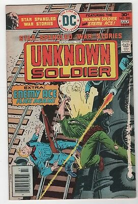 Star Spangled War Stories #200 In Very Good/Fine 5.0 Condition (July, 1976, DC)