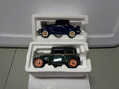 72c99b7c4be4d NATIONAL MOTOR MUSEUM Mint 1933 Chevy 2 Passenger 5 Window Coupe 1 ...