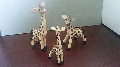 Norcrest Fine China Miniature Family Of Three Giraffes, Excellent Condition
