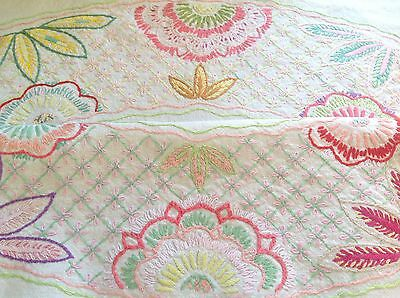"""Vintage Hand Embroidered Natural Linen """" FLOWER CIRCLE """" Tablecloth 40x42 Inches"""