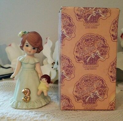 1981 Enesco GROWING UP BIRTHDAY GIRLS, age 3 ~ Brunette  ~ Box
