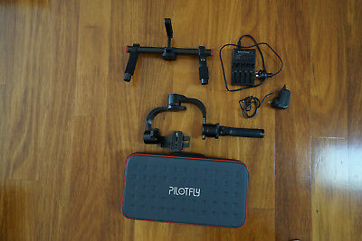 Pilotfly H2 3-Axis Handheld Gimbal Stabilizer + Two-Hand Holder.
