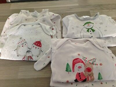 lot noel bebe ( taille 1 mois) differents ensembles