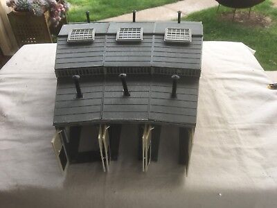 Fleischmann 3 stall Engine Roundhouse in HO scale.