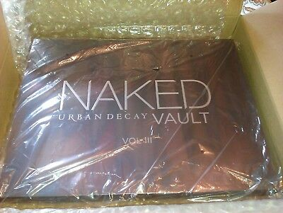 UD COFFRET NAKED VAULT VOL III  EDITION LIMITEE COLLECTOR ( too faced mac nars )