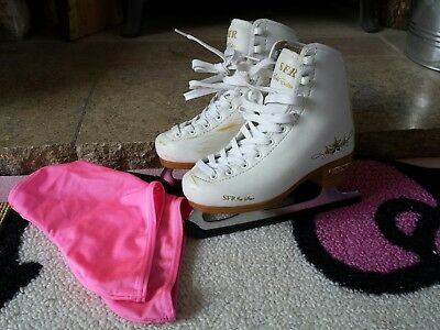 SFR Ice skates Ice Star- UK Size Junior 11 with shoe  covers