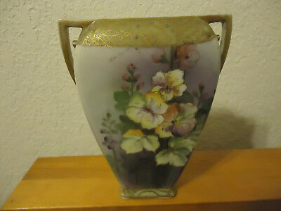 Nippon Vase maple leaf