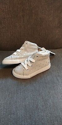 Crazy 8 Girls Sz 8Y Grey w/ silver iridescent polka dots  High Top Shoes Lace Up