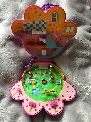 Puppy In My Pocket Dog Show Playset-Polly Pocket Style-1995 Vivid Imaginations