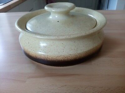IDEN Pottery, Rye, Sussex large Lidded Casserole very good condition