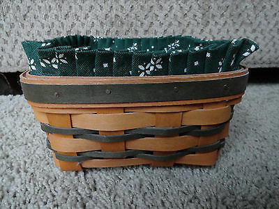Longaberger Medium Berry Basket with Green Accent Weave w/Liner & Protector.