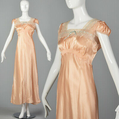 Medium 1940s Pink Nightgown Lace Trim Lightweight Silky Feel VTG 40s Lingerie