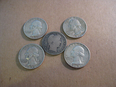 Mixed Lot of 5 Silver Quarters one of which is a Barber Quarter
