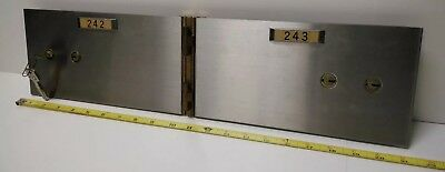 Commercial Safe Deposit Box Wall Double Door Unit w/ Precision Lock and Keys