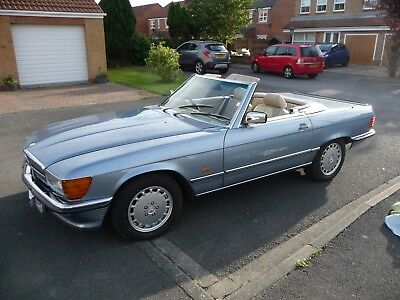 Mercedes-Benz 500SL type R107 late model, best colour, leather, low miles