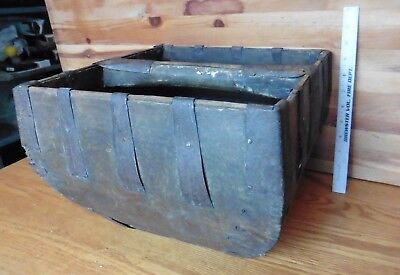 Vintage Rice basket PRIMITIVE CHINESE WOODEN Iron GRAIN BUCKET RICE Asian caddy