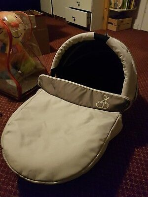 iCandy Cherry Carrycot Bassinet with Raincover