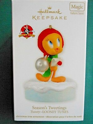 HALLMARK 2012 Looney Tunes TWEETY SEASON'S TWEETINGS MAGIC ORNAMENT-NIB+pt