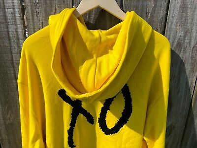 97d04552447 Men s Puma XO The Weeknd Yellow Oversized Hoodie Jacket Rare Special TL34120