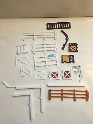 Breyer Horse Playset Fence Parts Lot, Gates, Fencing, Posts, doors