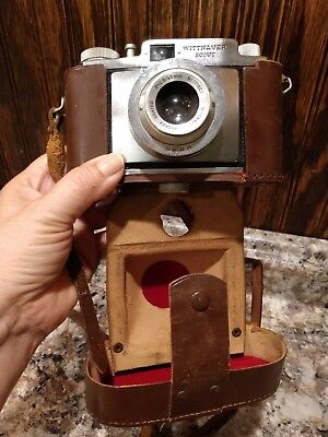 VINTAGE CAMERA WITTNAUER SCOUT 35 MM CAMERA with leather case