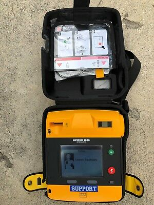 AED Lifepak 1000 FREE SHIPPING IN THE U.S.