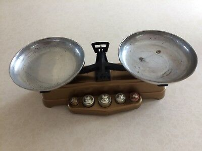 Childrens vintage sweet shop scales, with original weights