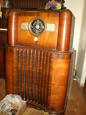 Antique Zenith Floor Model Radio 5808 Extra Parts Tubes Light Nice Cabinet!!