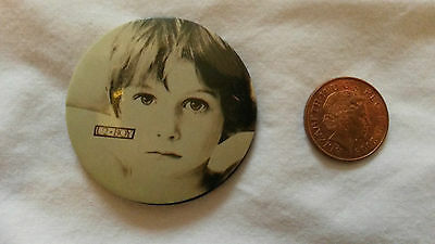 U2-Nice  Badge-Vertigo-Bono-The Edge-Larry Mullen-Adam Clayton-Boy