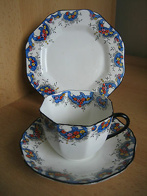VINTAGE SUTHERLAND HAND PAINTED TRIO - no 1231