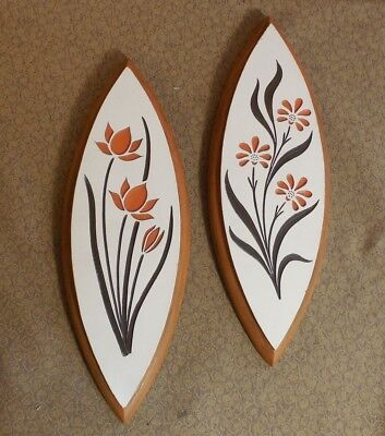 Vintage Pair of Matching Mid Century Modern Wall Hanging Plaques w Flowers