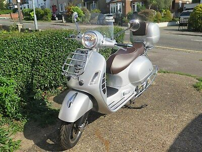 2016 Vespa 300 GTS Silver 70th Anniversary **SPARES ONLY**NO RESERVE**