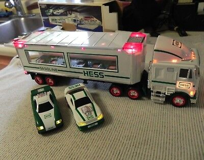 1997 Edition Hess Truck & Two Race Cars Perfect Original Never Played with NICE