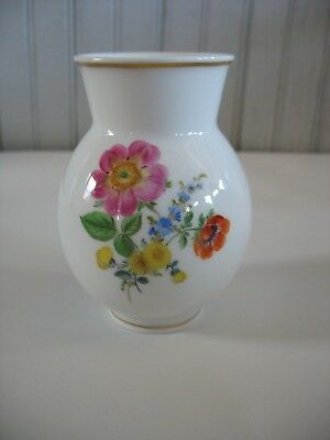 "Meissen Germany hand painted porcelain vase Flowers Floral 4 1/8"" w gold trim"