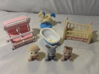 Wonderful Epoch Calico Critters baby animals stroller bed lot VERY GOOD