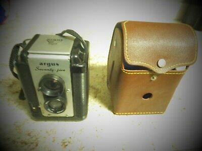 - Argus Seventy Five 75mm Lens  Camera With original Case Lumar Lense