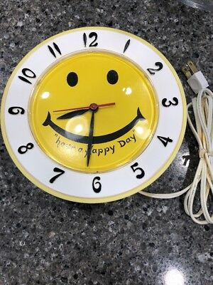 Vintage LUX Have A Happy Day Yellow Smiley Face Electric WALL CLOCK 1970's Retro