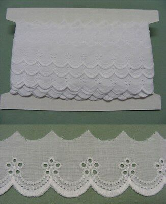 Broderie Anglaise Flat Lace  (8883) - White X 5  mts