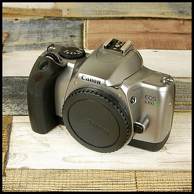Lovely clean Canon EOS 3000V 35mm SLR Film Camera