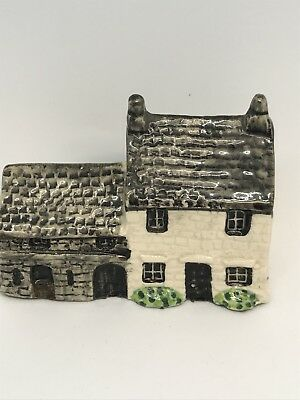 """Tey Pottery Norfolk England """"Britain in Miniature Series"""" No. 31 Longhouse Farm"""