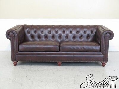 45349EC: Tradtional Style Tufted Brown Leather Chesterfield Sofa