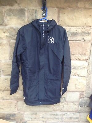 Brand New With Tags New Era MLB New York Yankees Tech Parker Coat Black Large