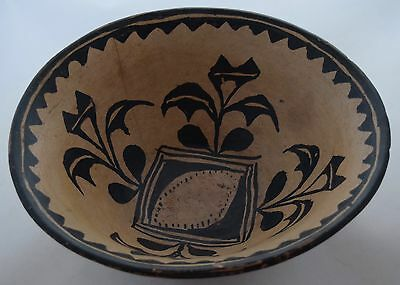 Early Santo Domingo pueblo Native American large stew bowl pottery painted
